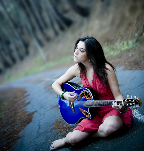 mariana-con-guitarra-b